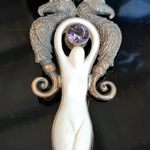 Sacred Geometry Goddess with Amethyst - Heart of the Bay Byron Bay