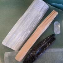Amplify your goals - Align your intentions 2020 with Crystal Power Pouches- EMF relief - Heart of the Bay - Byron Bay Crystals