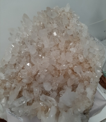 2020 New decade and Energies - How to set up your crystal altar - Heart of the Bay Byron Bay Crystals