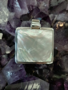 Mother of Pearl jewellery - Heart of the Bay - Byron Bay Crystals