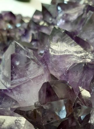Amethyst Crystals to uplift at Heart of the Bay Byron Bay Crystals