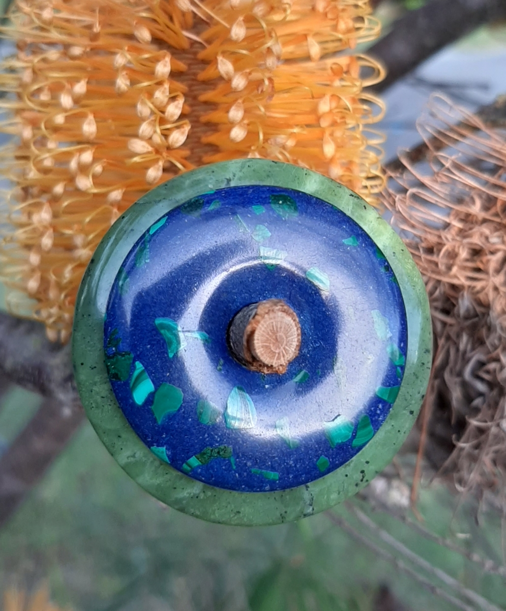 Lapis and Malachite on Jade ring stones Ring stones the sacred circle Heart of the Bay Byron Bay Crystals